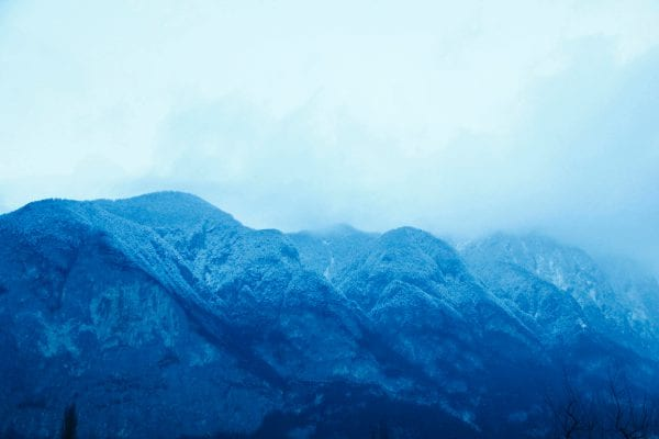 blue mountains landscape color photography by inge van heerde