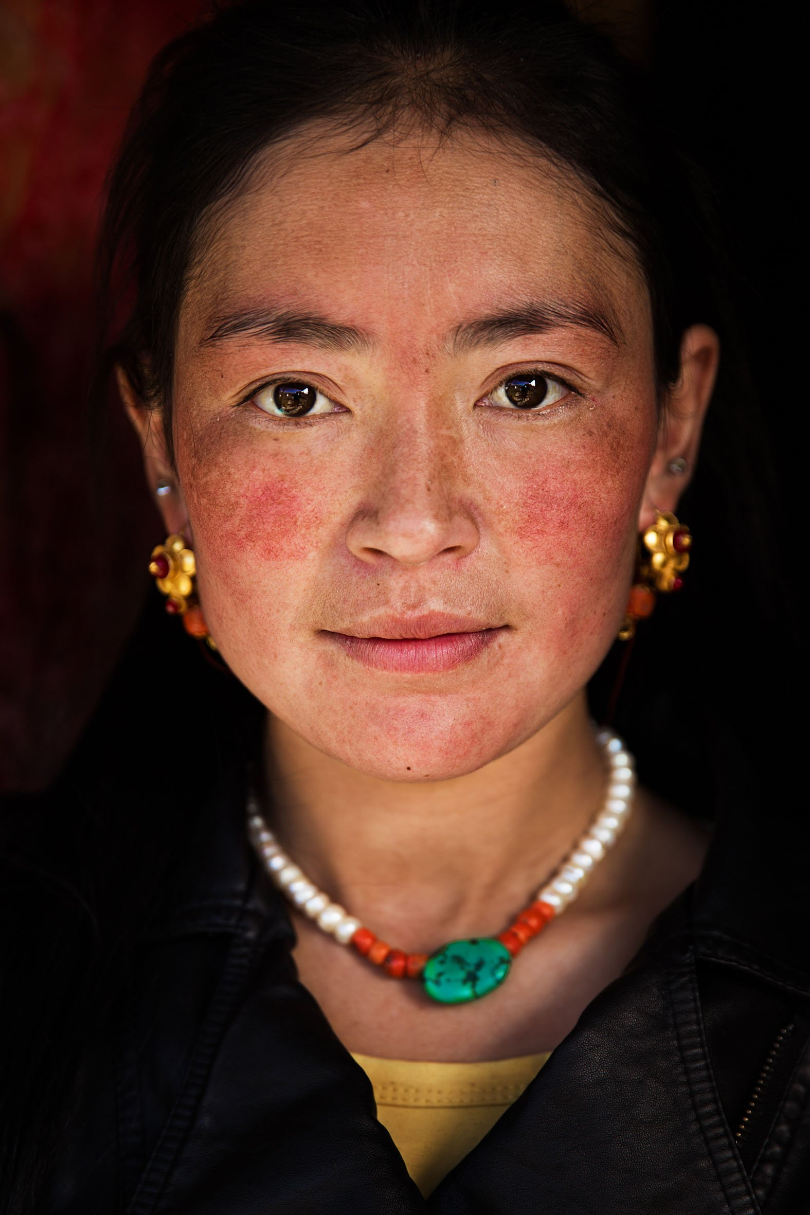 tibet woman portrait photography in color by mihaela noroc, the atlas of beauty series