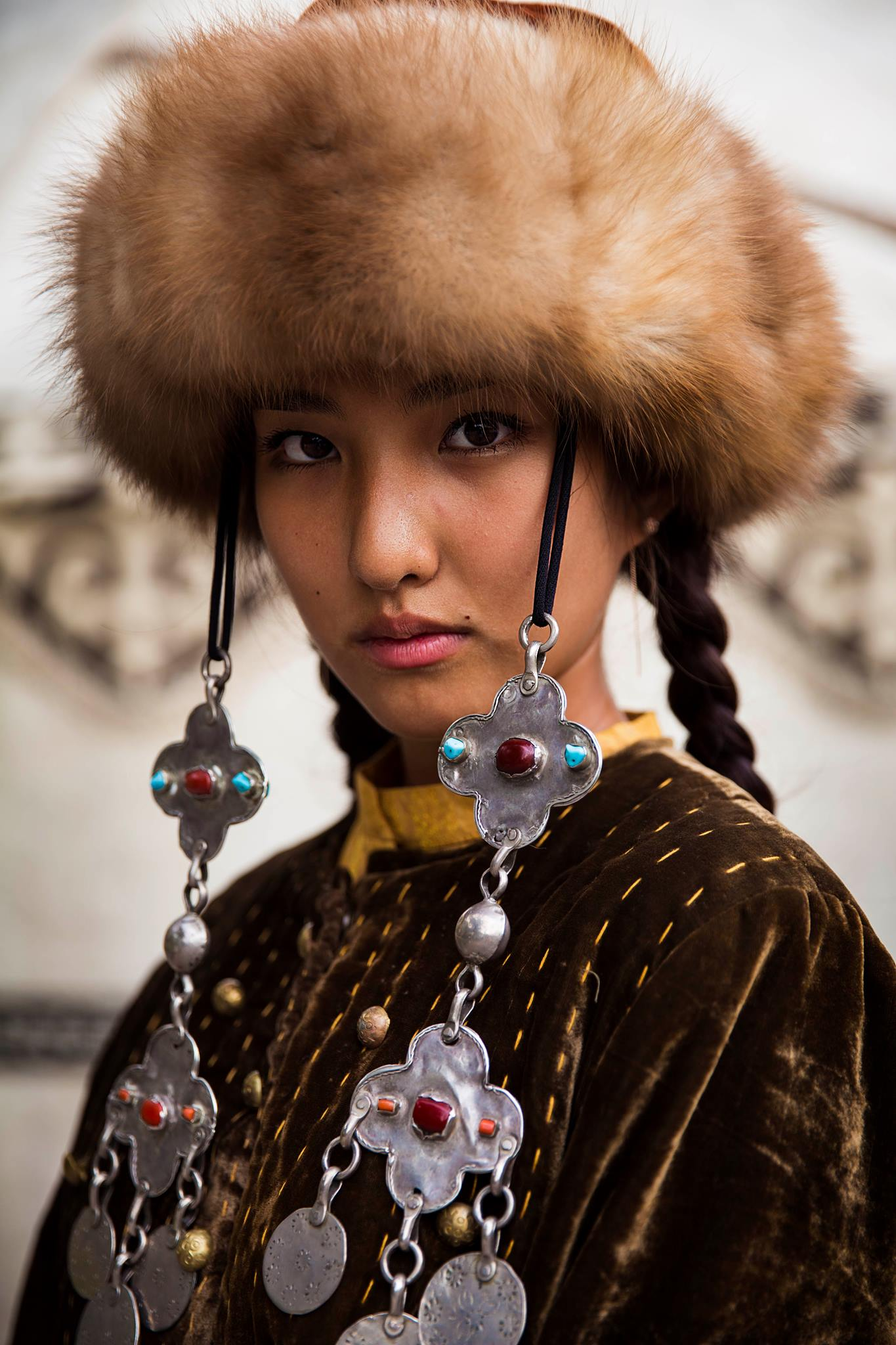 kyrgyzstan woman wearing hat portrait photography in color by mihaela noroc, the atlas of beauty series