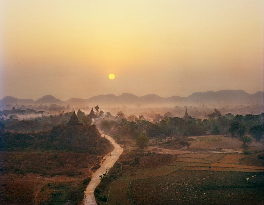 sunset color photography in Myanmar by Frédéric Lagrange