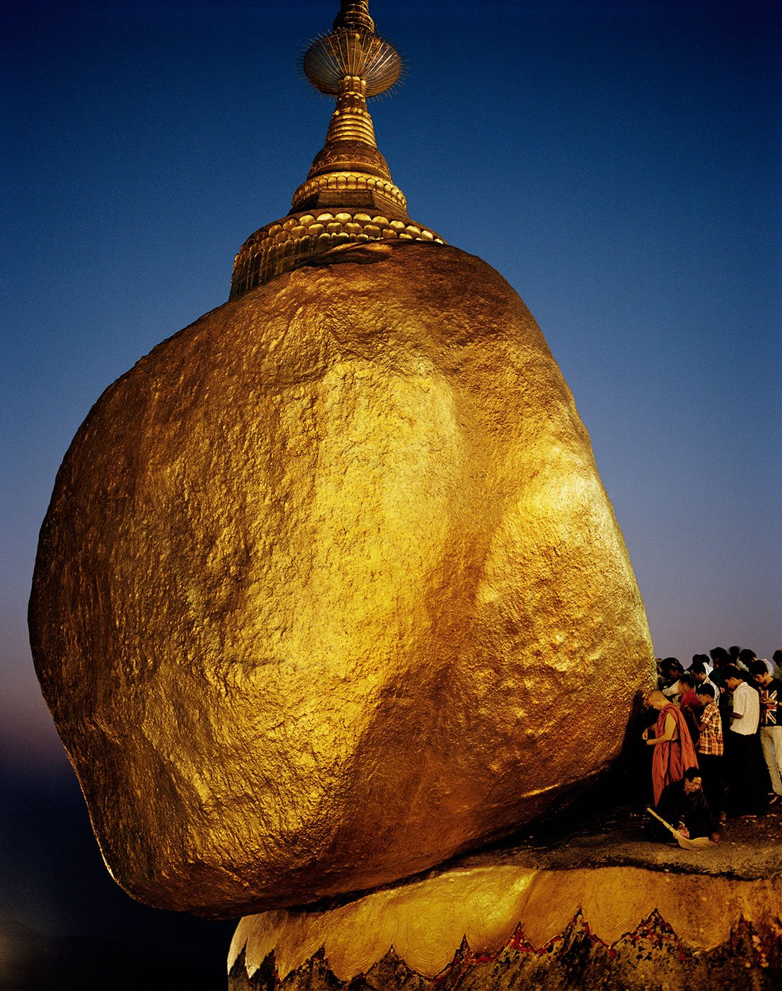 The Golden Rock, a Buddhist pilgrimage site northeast of Yangon. color photography in Myanmar by Frédéric Lagrange