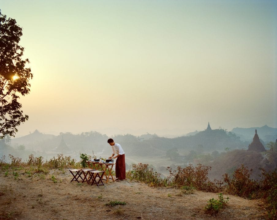 color photography in Myanmar by Frédéric Lagrange