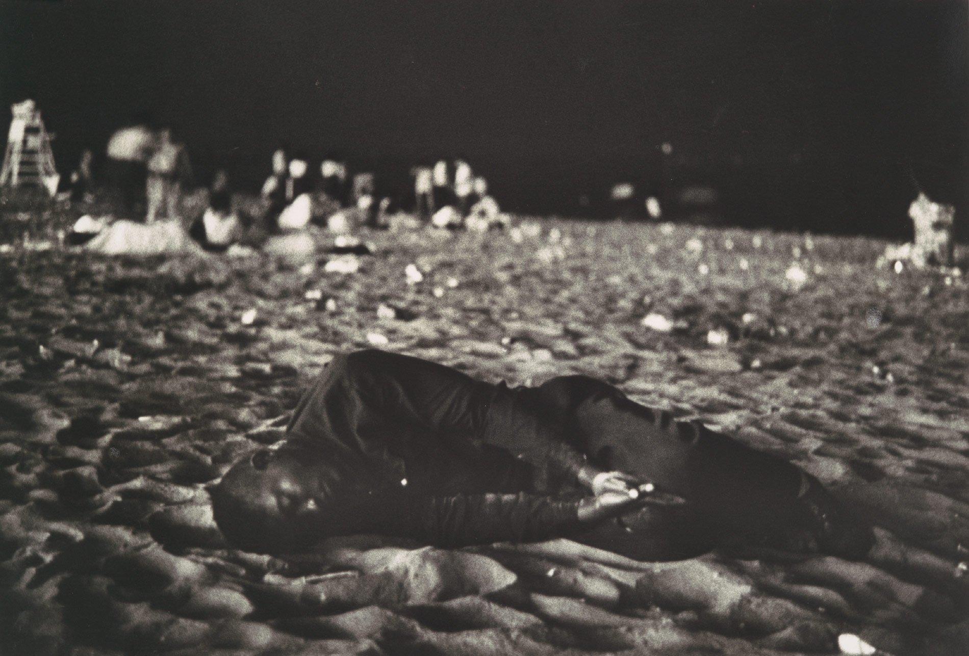 Black & White 1958 luglio, Coney Island, USA, XNUMX © Robert Frank Photography and dreams