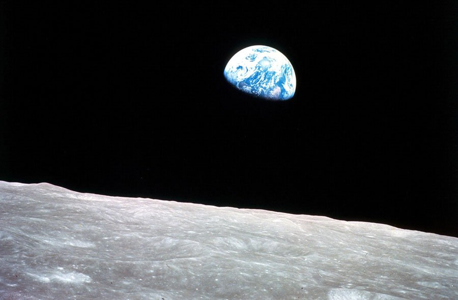 Earthrise, view from Apollo 8 William Anders, NASA Photography 1968
