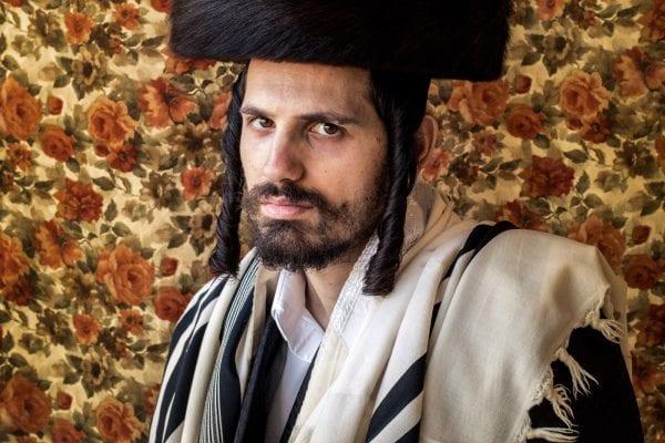 Portrait photograph of a man by Kovi Konowiecki
