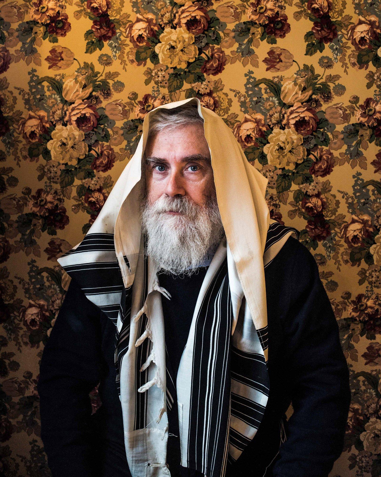 Portrait photograph of a old man boy by Kovi Konowiecki