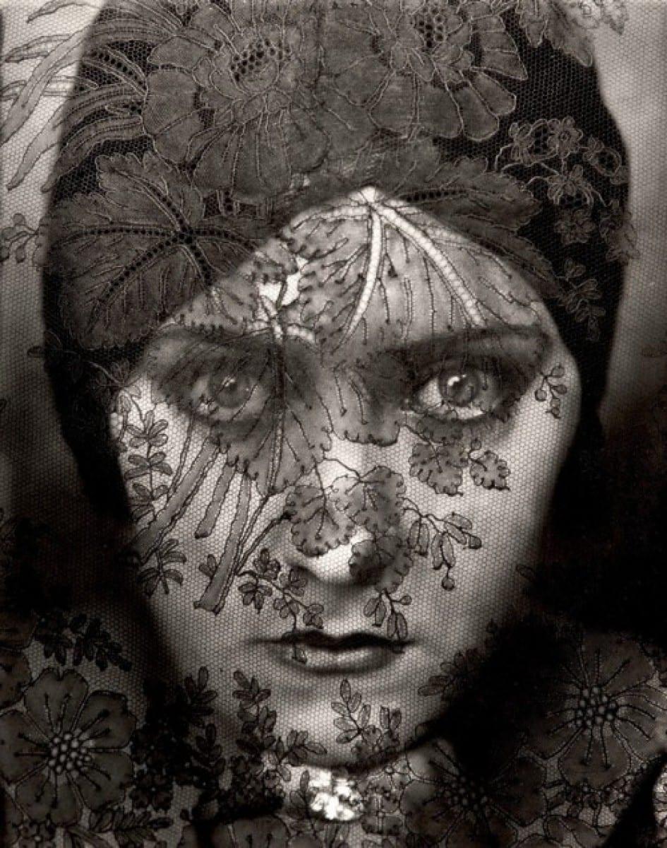 Portrait Photography of Gloria Swanson, 1924 by Edward Steichen
