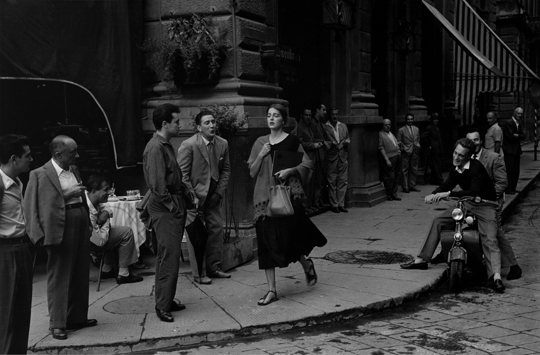 Black and White Photography Ruth Orkin - American Girl in Italy, Florence, 1951