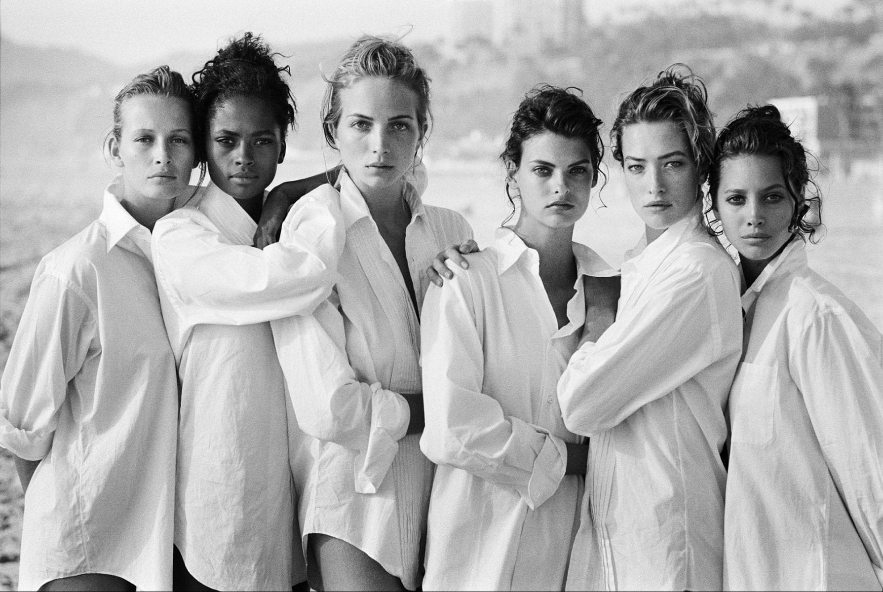 supermodels Estelle Lefébure, Karen Alexander, Rachel Williams, Linda Evangelista, Tatjana Patitz and Christy Turlington, Malibu 1988 Peter Lindbergh