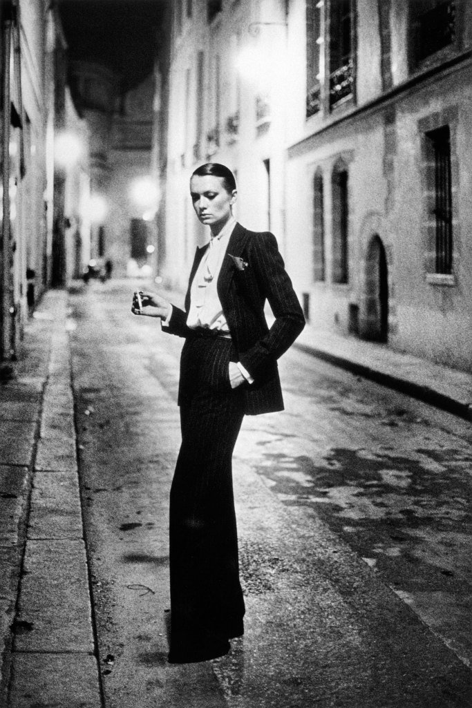 Street photography fashion Helmut Newton