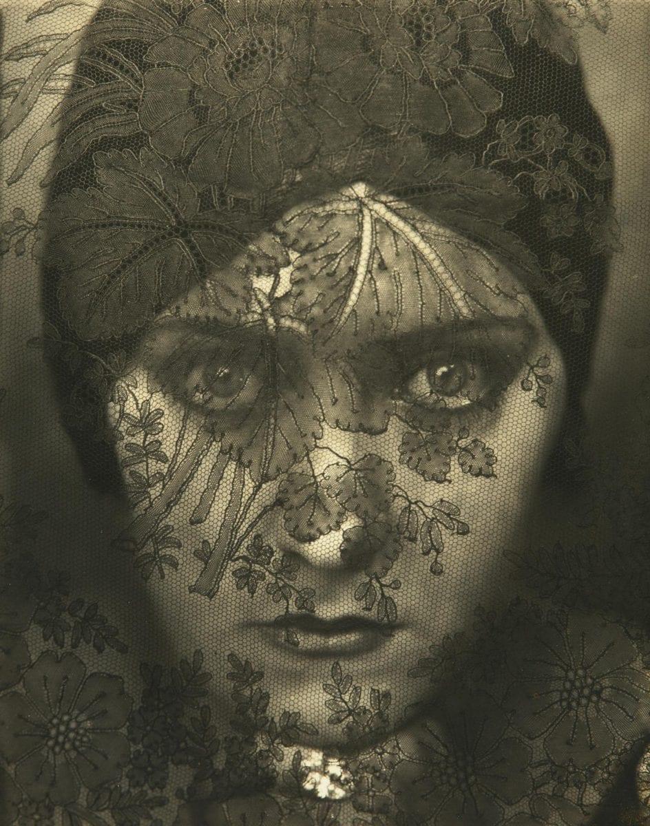Gloria Swanson, 1924 © Edward Steichen
