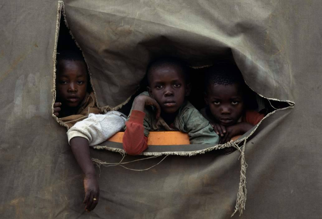 Migration - Rwandan refugees, Zaire, Goma, 1994 Chris Steele-Perkins Magnum Photos