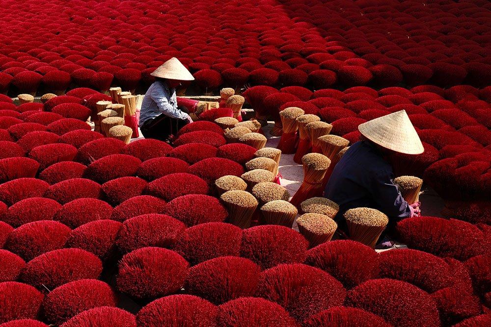 Fotografia a colori, Vietnam, incenso rosso