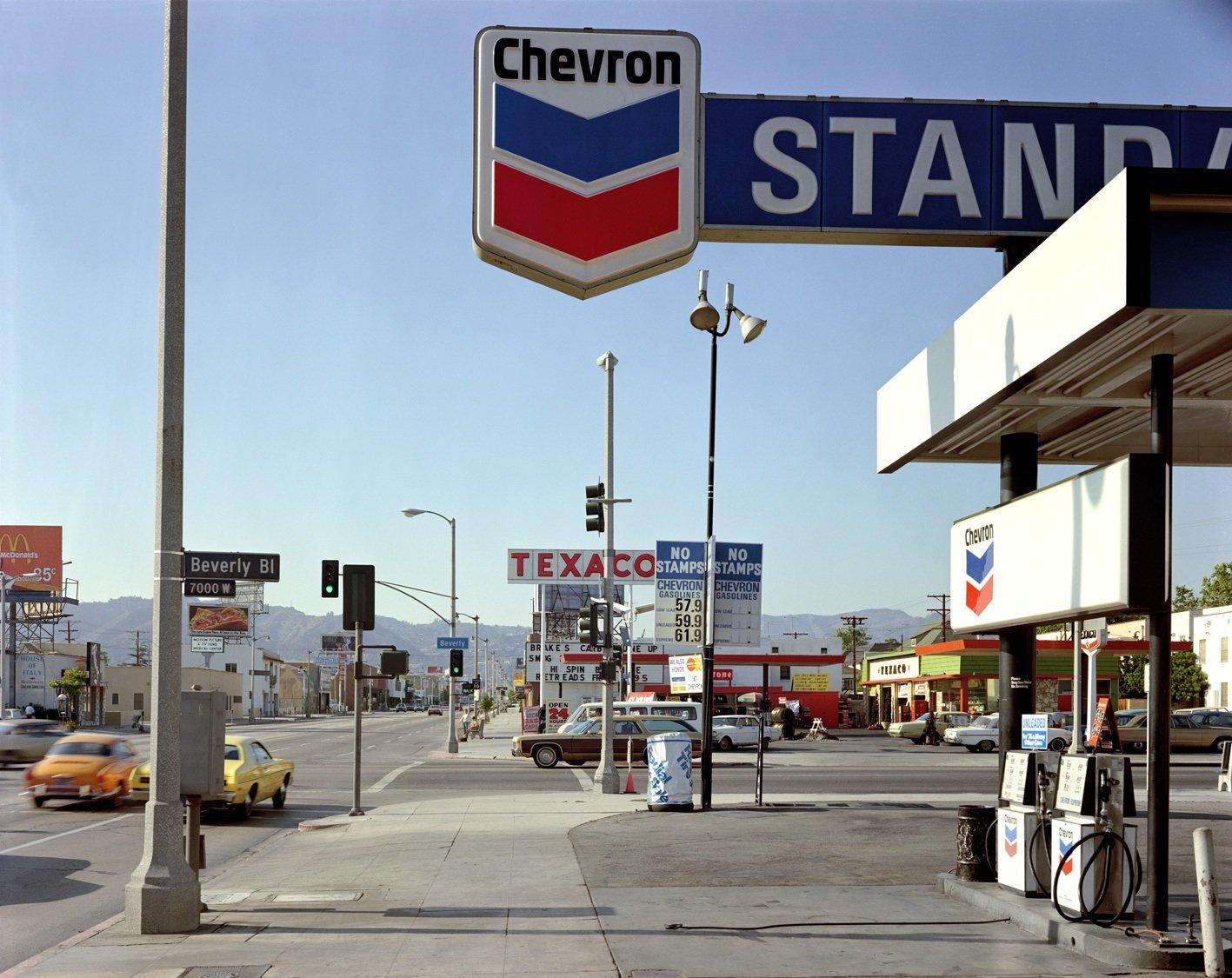 Beverly Boulevard and La Brea Avenue, Los Angeles, California, June 21, 1975 Stephen Shore