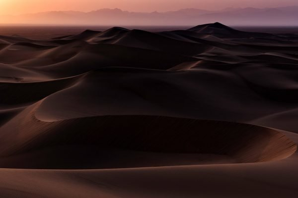 Landscape Photography, deserts around Yazd in central Iran, with Nikon D810 70-200mm f/2.8 lens