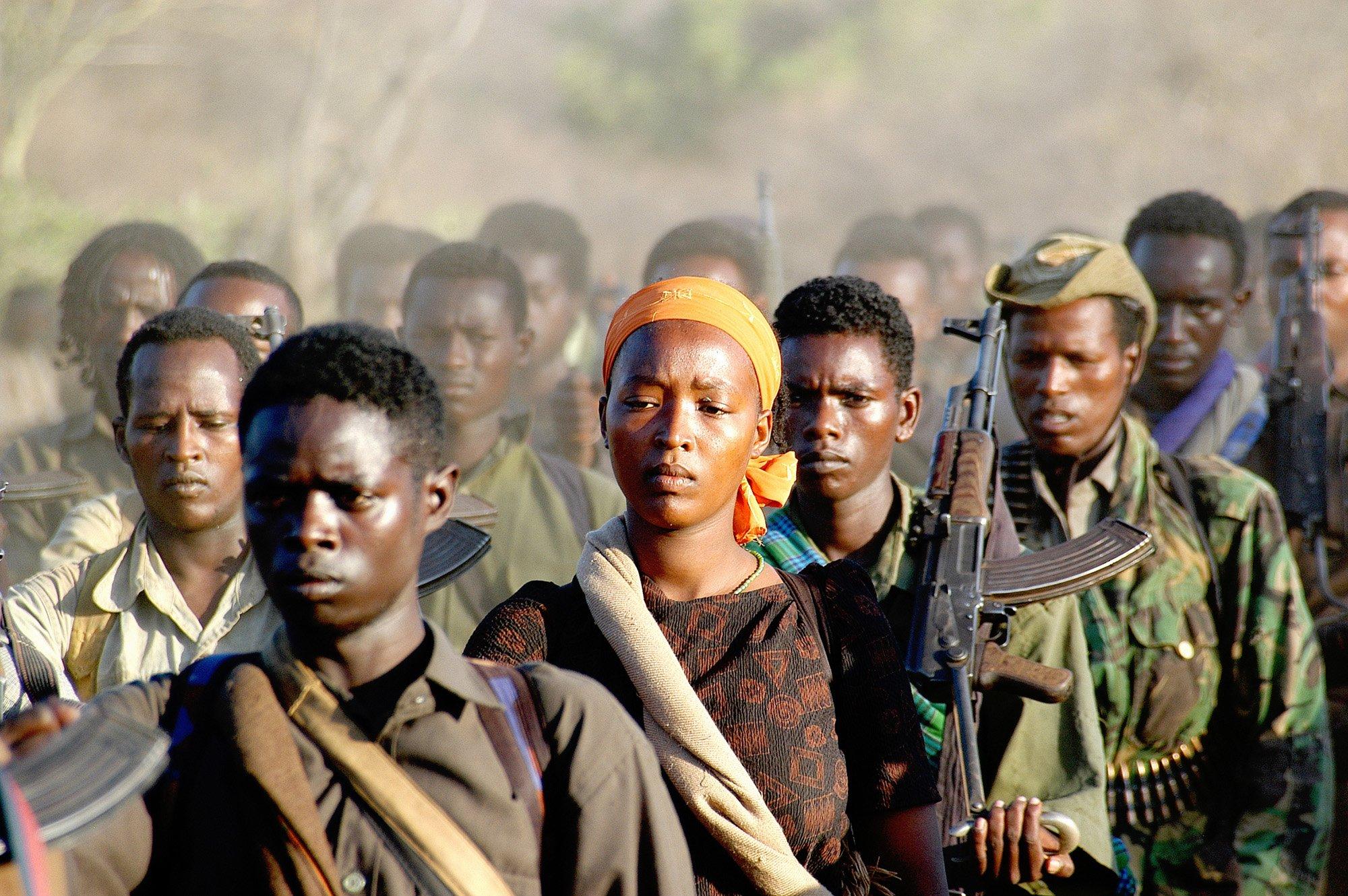 Los rebeldes del OLF se están reagrupando en el norte de Kenia, 2006, por Jonathan Alpeyrie
