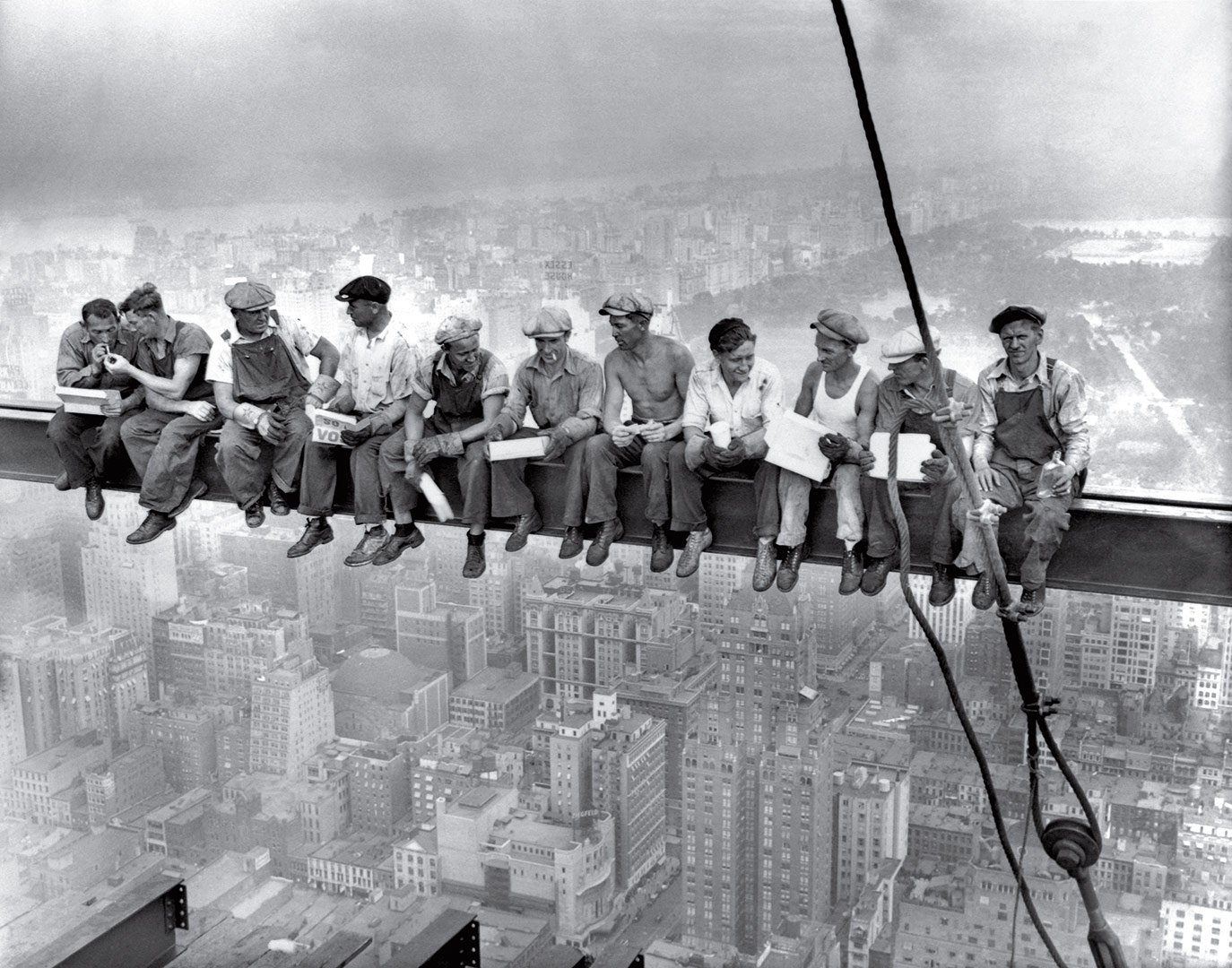 Pranzo in cima a un grattacielo, New York City, USA 1932 © Charles C.Ebbets, Thomas Kelley o William Leftwich