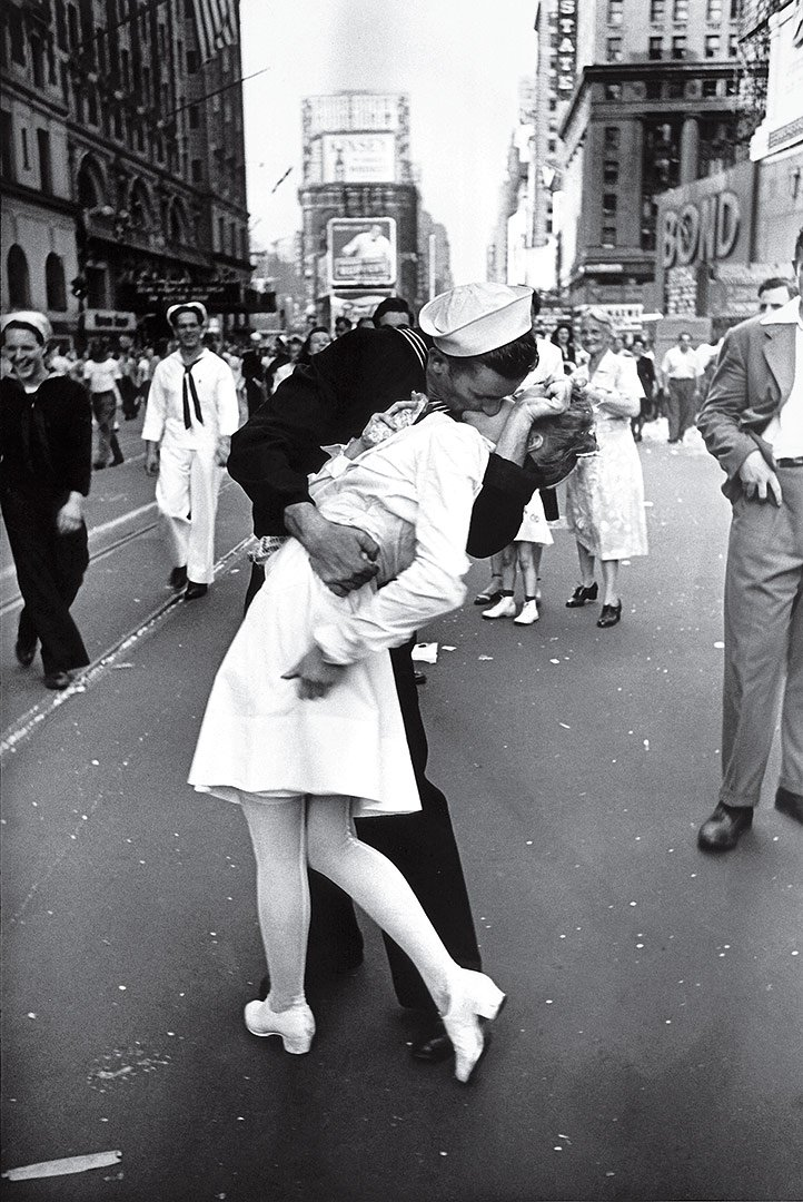 VJ Kiss a Times Square, New York, 1945 © Alfred Eisenstaedt