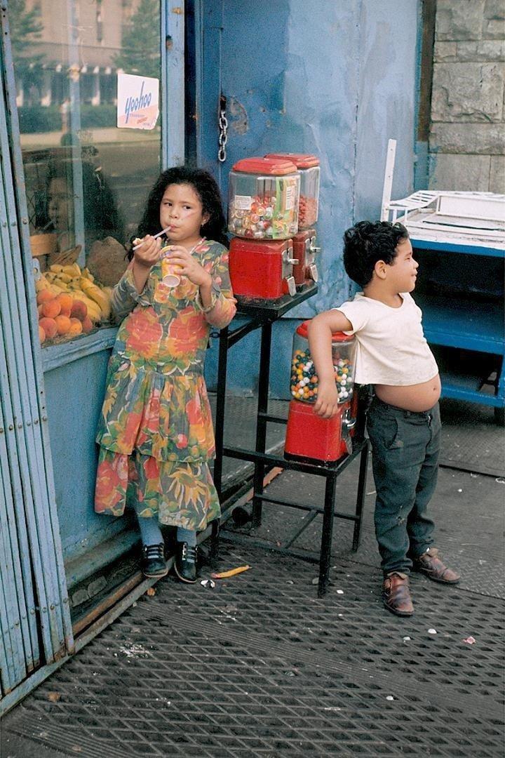 New York City, 1971 © Helen Levitt
