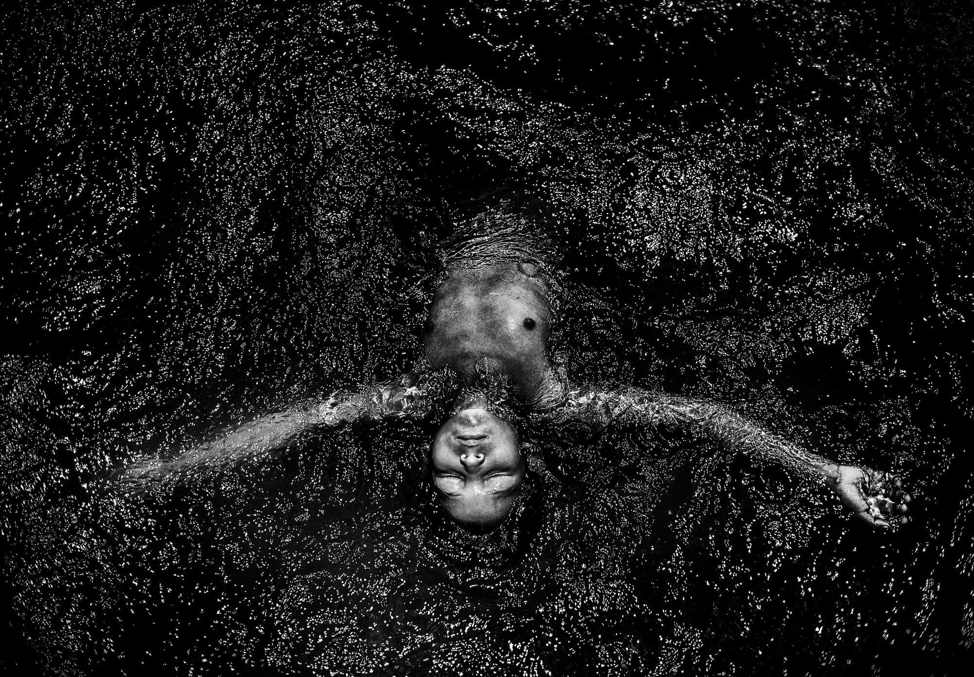 Javier Arcenillas的黑白摄影