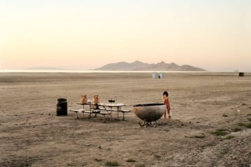 Great Salt Lake, Utah, August 1979 Farbfotografie von Joel Sternfeld