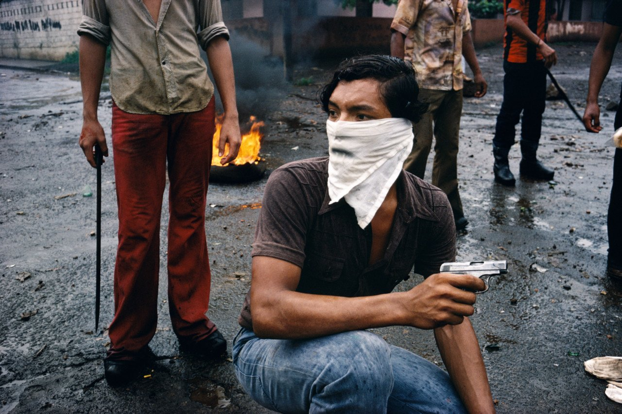 1979年,尼加拉瓜马那瓜,前往马那瓜的路上