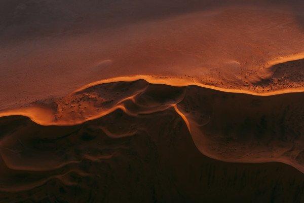 Sanddünen, Farbfotografie von Tom Hegen