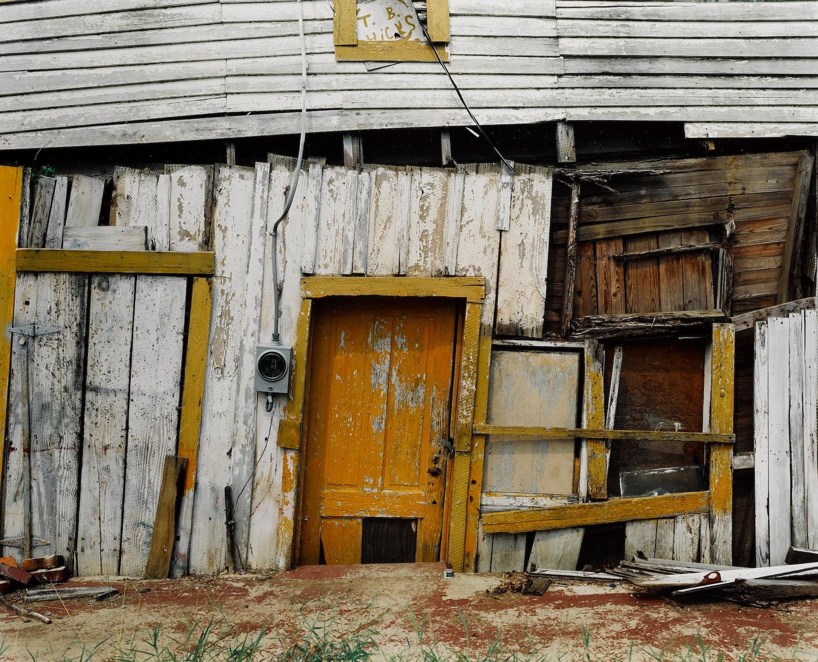 TB Hicks 'Store (Detail), Newbern, Alabama, 1991 © William Christenberry