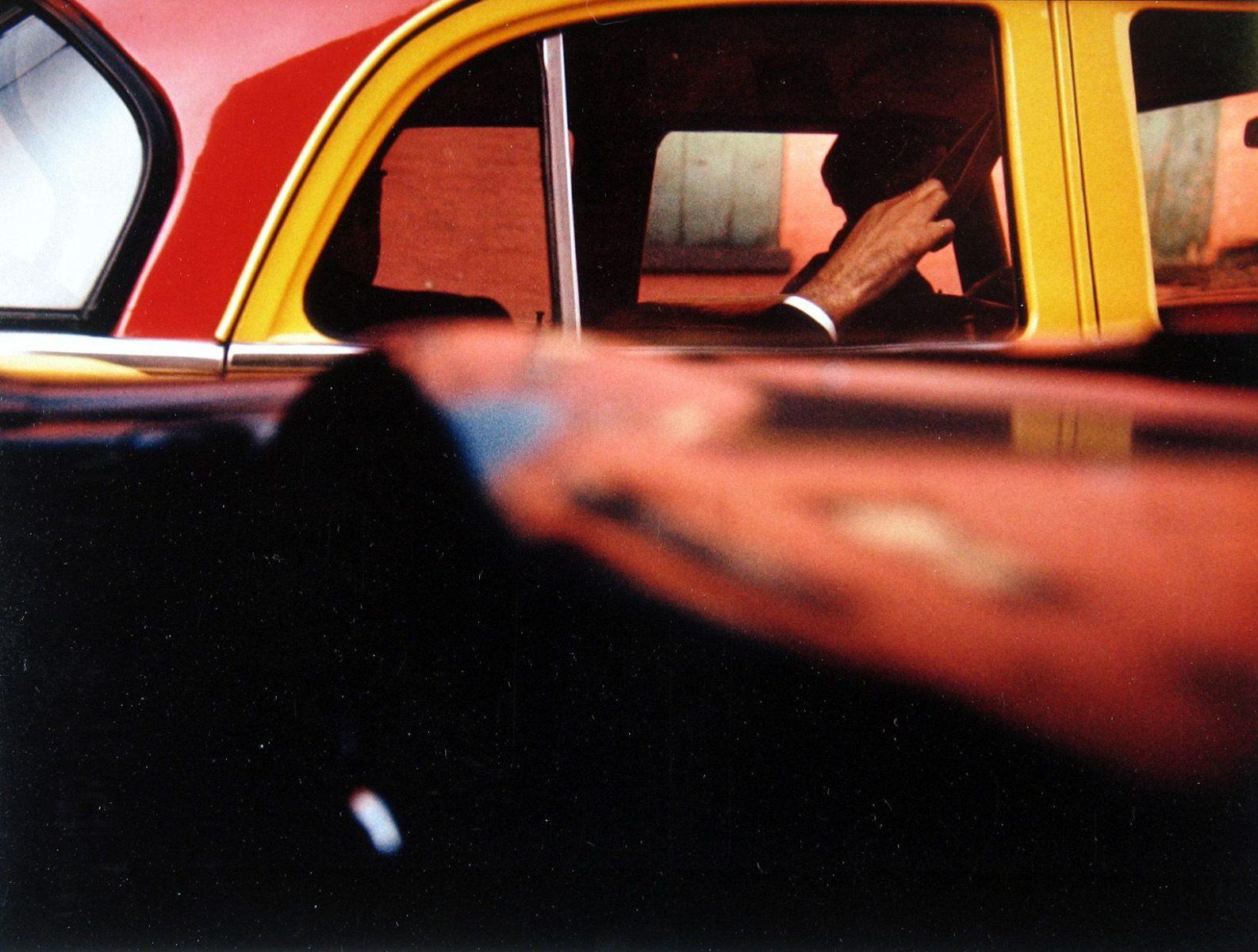 彩色摄影,美国纽约的出租车,1957年,索尔·莱特摄