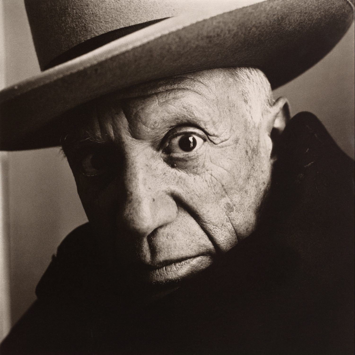 black and white portrait of Pablo Picasso, Cannes, 1957 © The Irving Penn Foundation