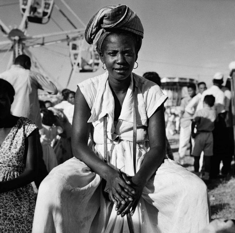 Black and white portrait photograph of a Brazilian woman by Marcel Gautherot