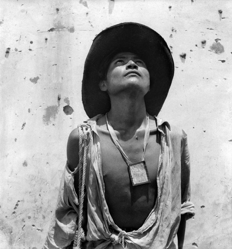 Black and white portrait photograph of a Mexican man by Marcel Gautherot