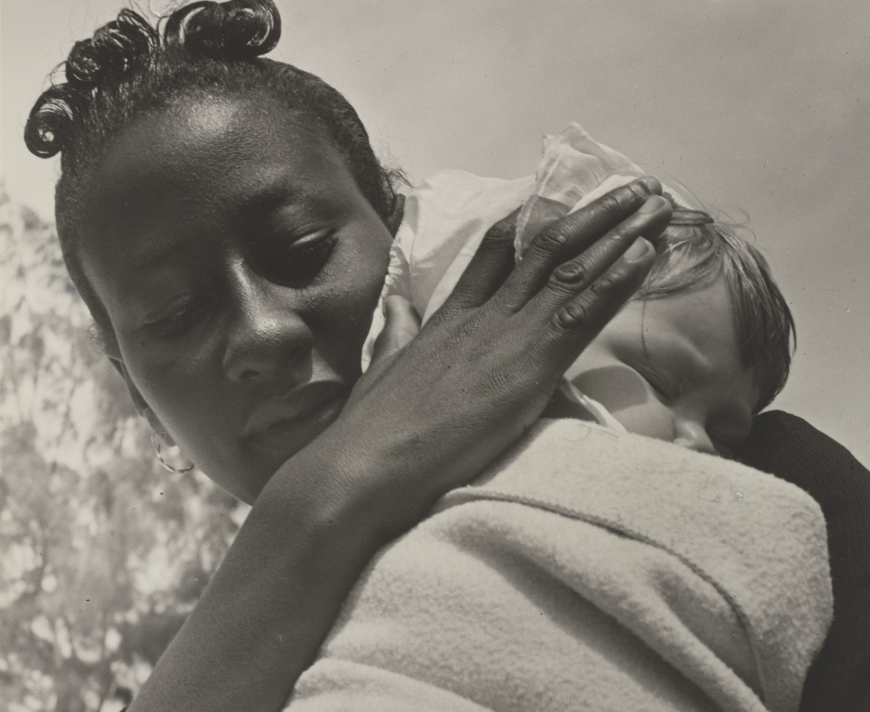 Black and white picture by Ruth Bernhard