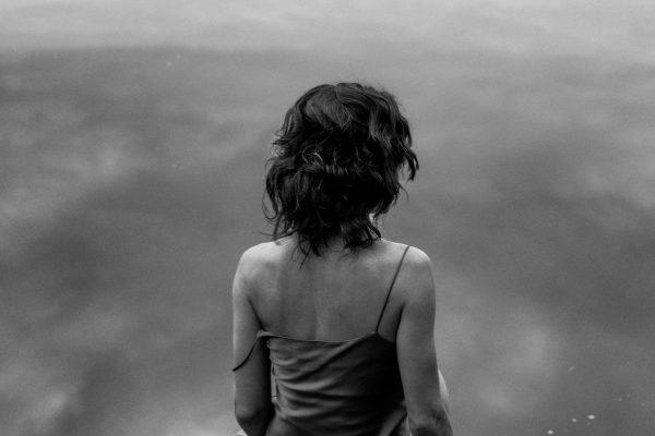 Black & white fotografía, retrato, cuerpo, mujer, al aire libre, moda