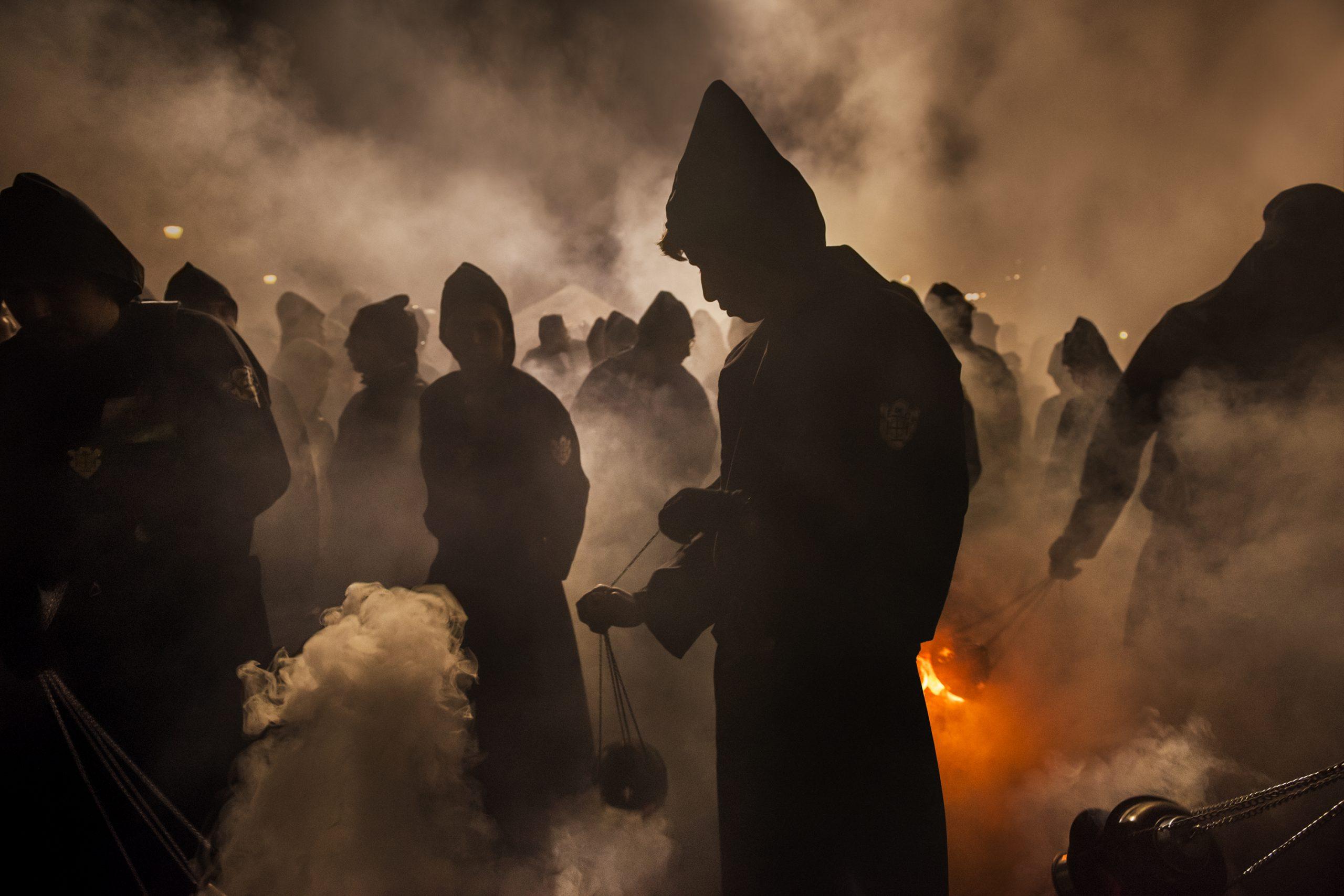 史蒂夫·麦卡里(Steve McCurry),彩色照片危地马拉,仪式,摘自《在别处寻找》