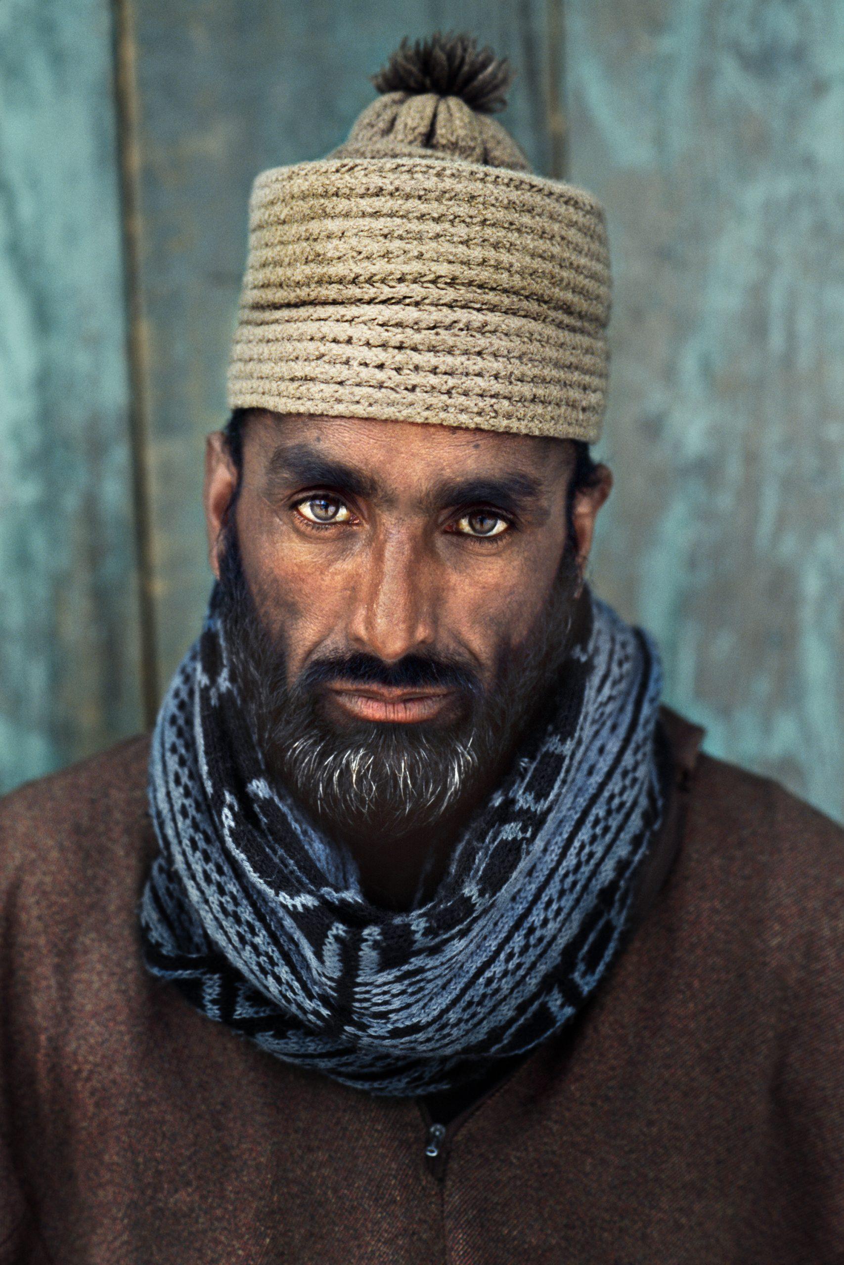 Steve McCurry, Kashmir, portrait, man