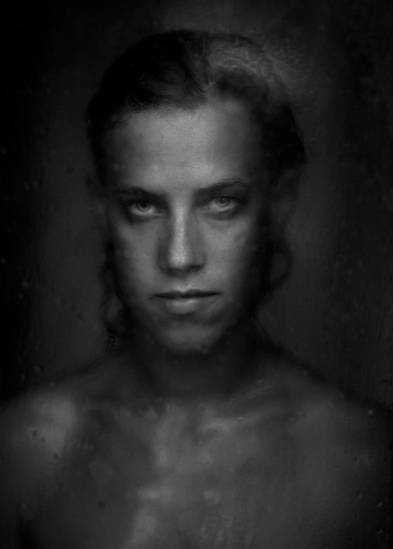 Portrait photographie noir et blanc, finaliste du concours People