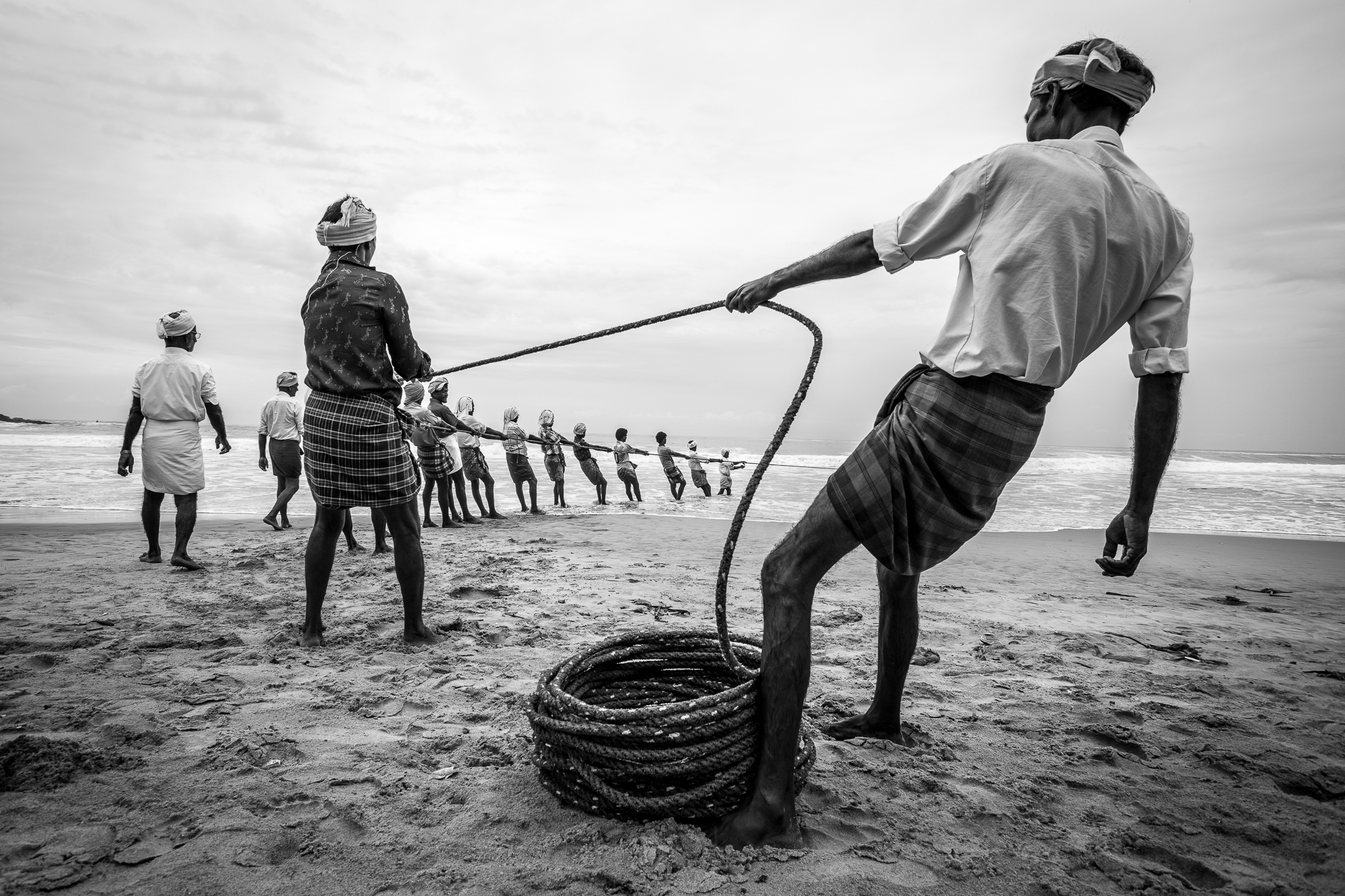 Black and white photograph, documentary, fishermen, kerala, india