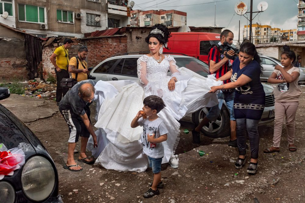 wedding color photograph of a woman in Bulgaria by photographer Selene Magnolia