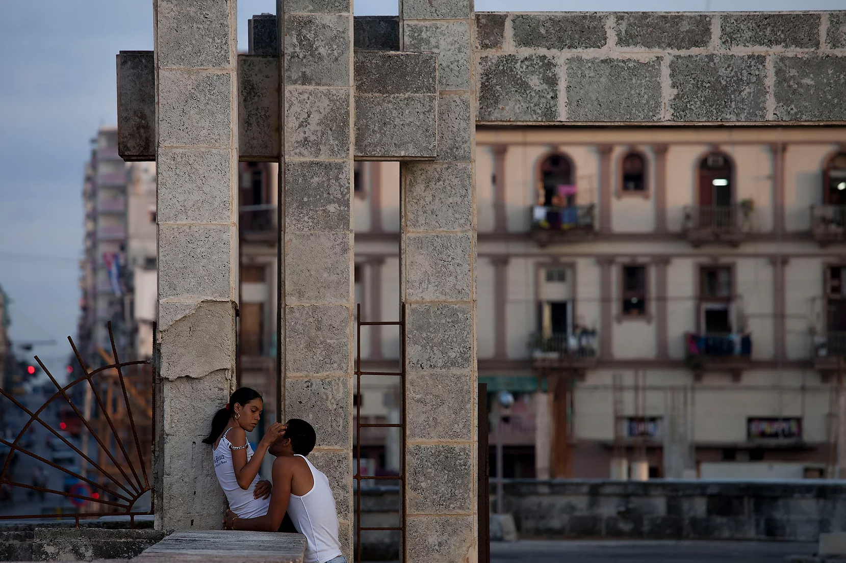 Color photo by Alex Almeida, young couple Cuba.