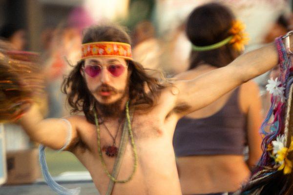 Photo couleur de Marcus Haney, fan de musique au festival. Extrait du livre FANATICS