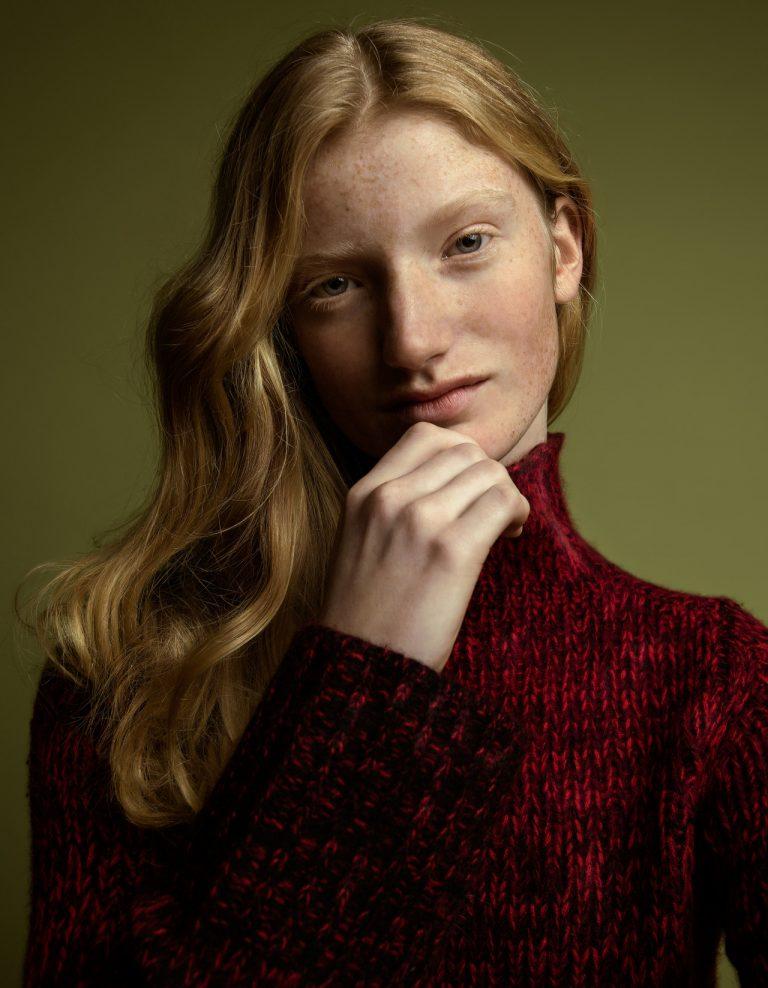 Photographie de portrait couleur par Maarten Schröder, fille