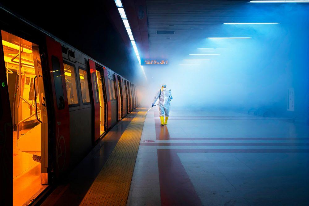 Fotografia fine art a colori di un treno
